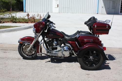 Harley Davidson Electraglide Trike Conversion by Art In Motion